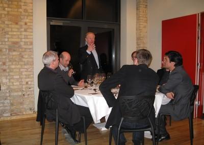 2009 WMD Dominic taler under dinner
