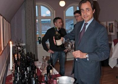 Winemaker Manuel Lobo